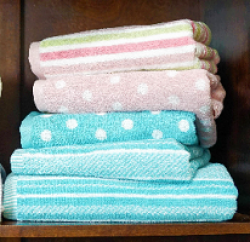 Stripe & Spot Towel Collection Sweeps prize ilustration